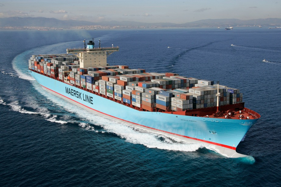 https://lmeridag.files.wordpress.com/2010/12/emma-maersk.jpg?w=922&h=615